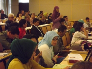 peserta seminar bertanya tentang tepung mocaf sehat Shyar-i